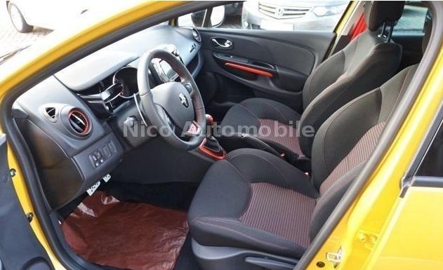 Renault Clio IV 1.6 Turbo RS 200 Jaune 8.jpg