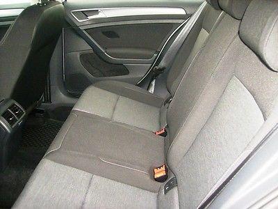 VW Golf VII 1.6 Tdi 105 Trendline Blanche 5.JPG