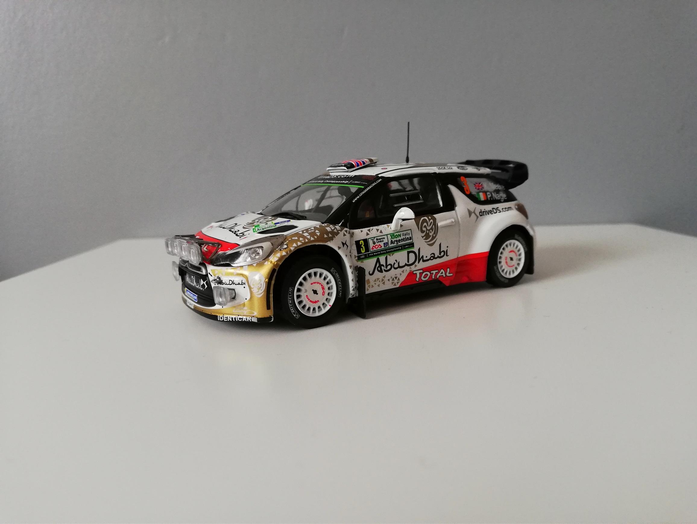 DS3 WRC Meeke ARG 2015.jpg